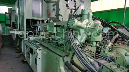 Used Aoki SBIII 1000NL 100 Bottles, PET Preforms & Closures PET Injection Blow Molding