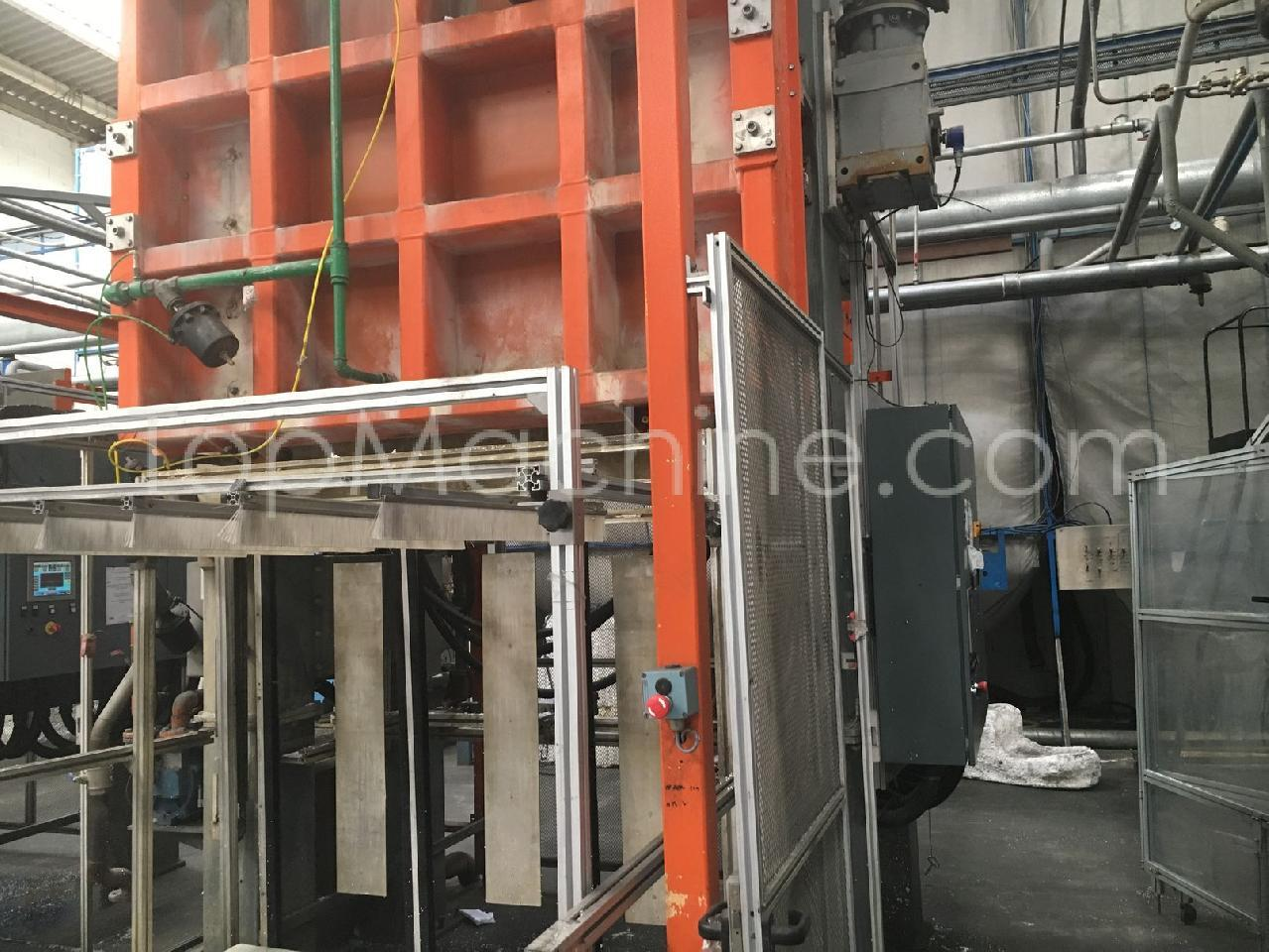 Used Polimate PM 30 Injection Moulding EPS moulding